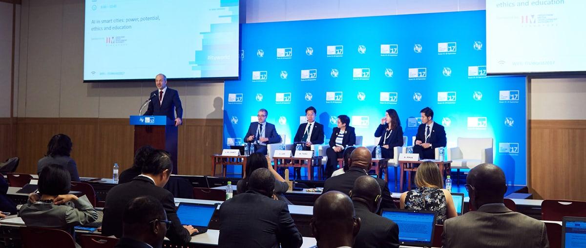 Forum - panel sessions