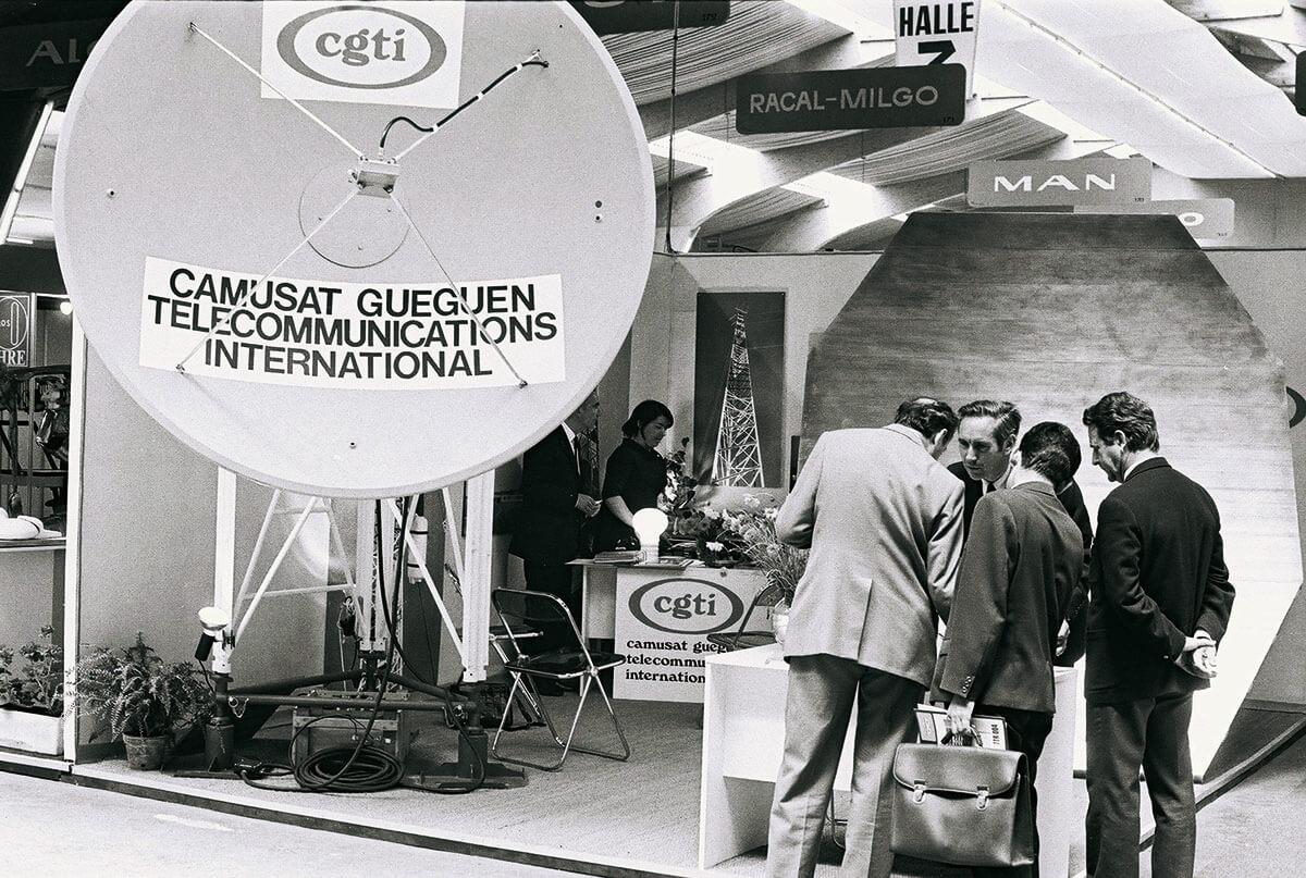 Geneva: Camusat Gueguen Telecommunications International (cgti) stand with a radio relay system